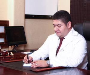 فعالیت های دکتر گیو